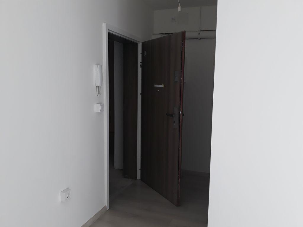 Új lakóépület nagytakarítása