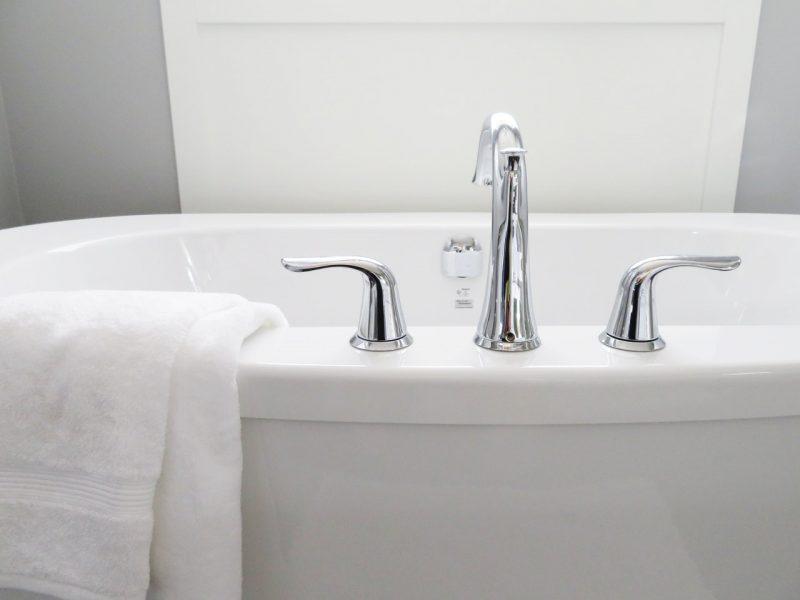 bath-bathroom-bathtub-534116